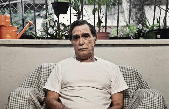 Jorge Mautner em casa (revista Figas)